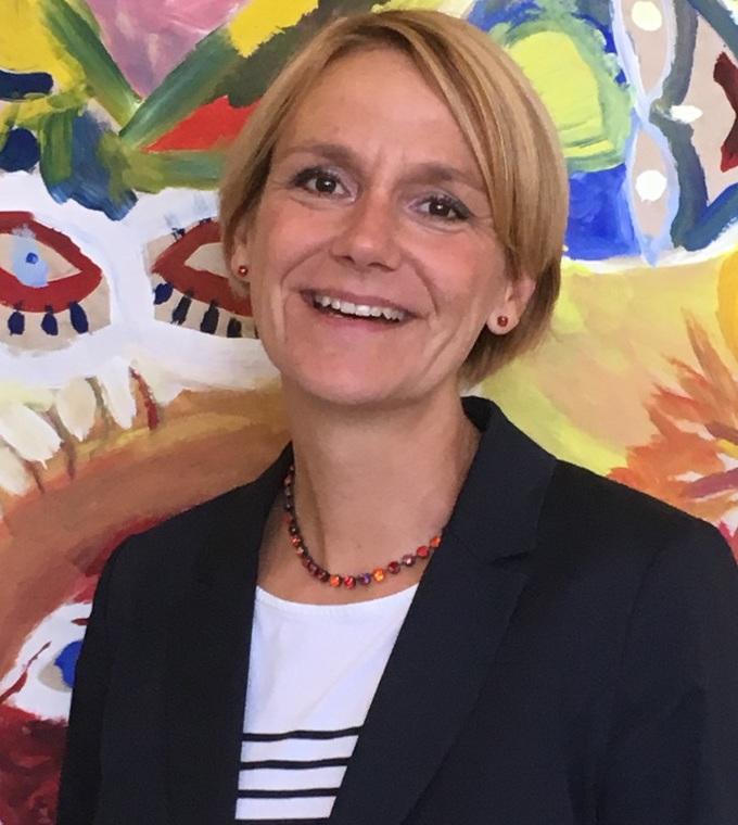 Caroline Wolff
